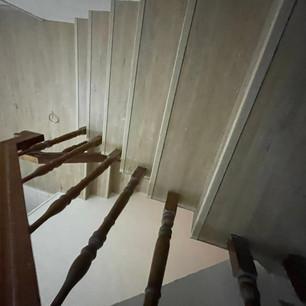 127-28新店樓梯刻孔_210219_10.jpg