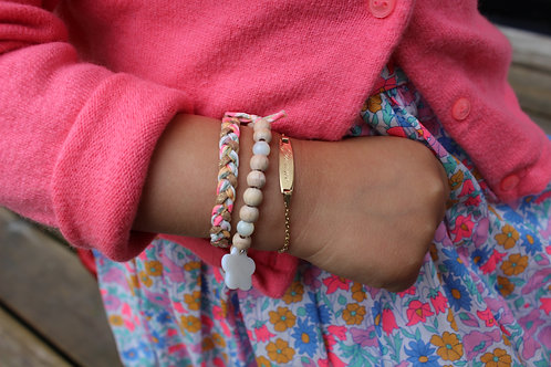 Composition de bracelets enfants
