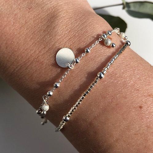 """Bracelet """"Louve"""" en argent massif, perles diamantées et breloque"""