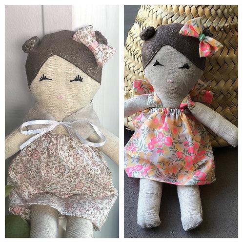 "Petite poupée de chiffon ""Naturela"""