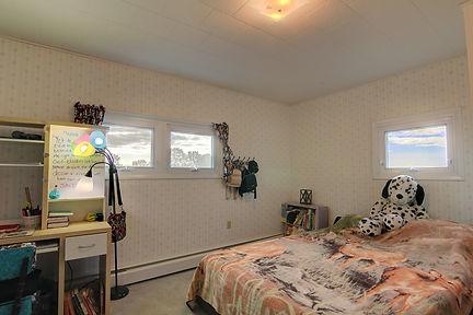 room f.jpg