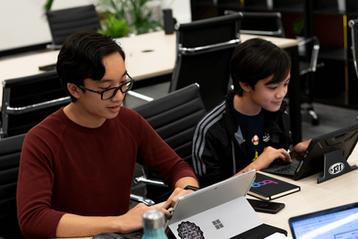 BOP Young Entreprenuers Hub Brisbane - Students Working