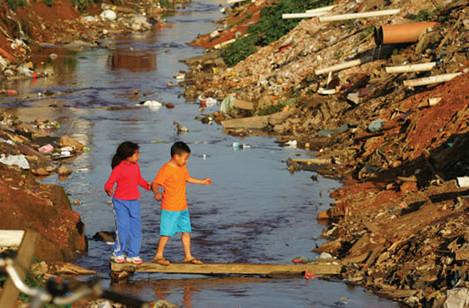 Em Santa Catarina ainda falta Saneamento Básico