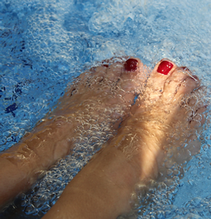 hot tub releive muscle pain