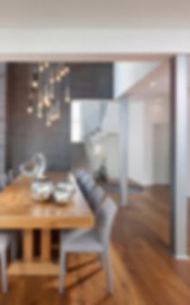 פינת אוכל בפרויקט בית בקדימה של ליאת הראל - סטודיו לעיצוב פנים ואדריכלות