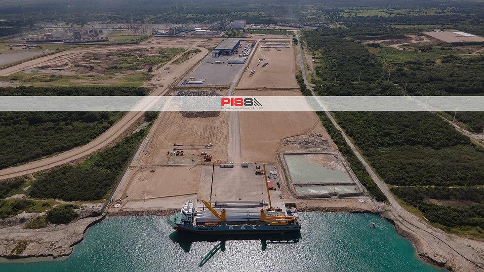 210920 PISSA con barco.jpg