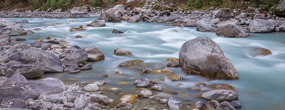 stream-of-life-photography-rocks-river-w