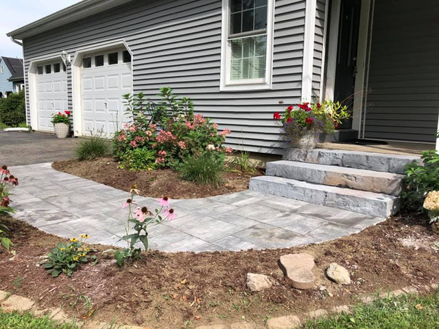 Cambridge Ledgestone Pavers