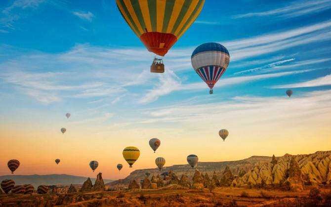 Kapadokya'da balon manzaralı oteller