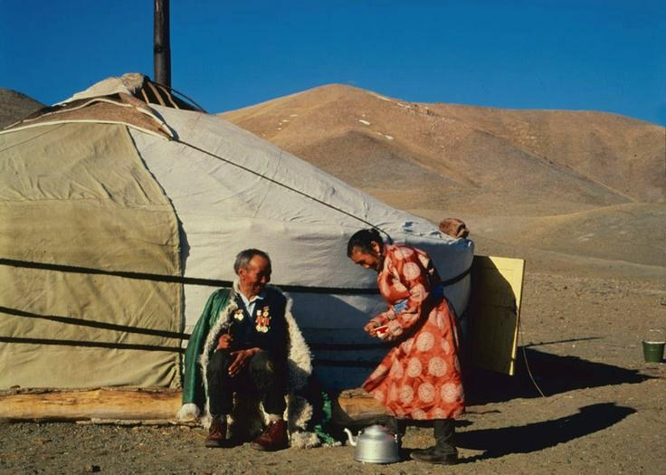 tuvan-people-in-front-of-their-yurt-photo-by-sevian-i-weinstein1 (1)