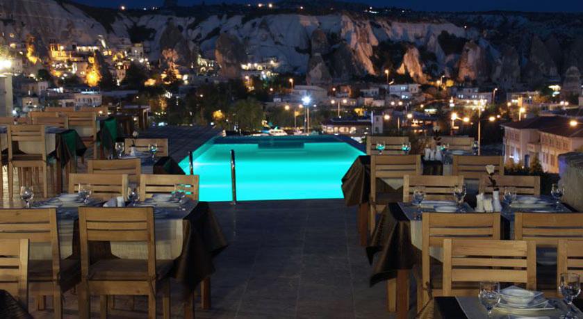 Doors-Of-Cappadocia-Hotel-Dinner
