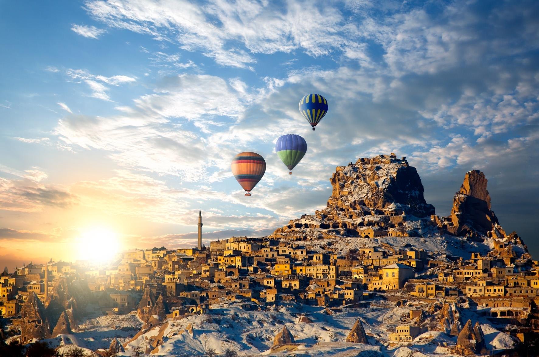 uçhisar_kalesi-balloon
