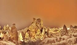 tarihi-uchisar-kalesi