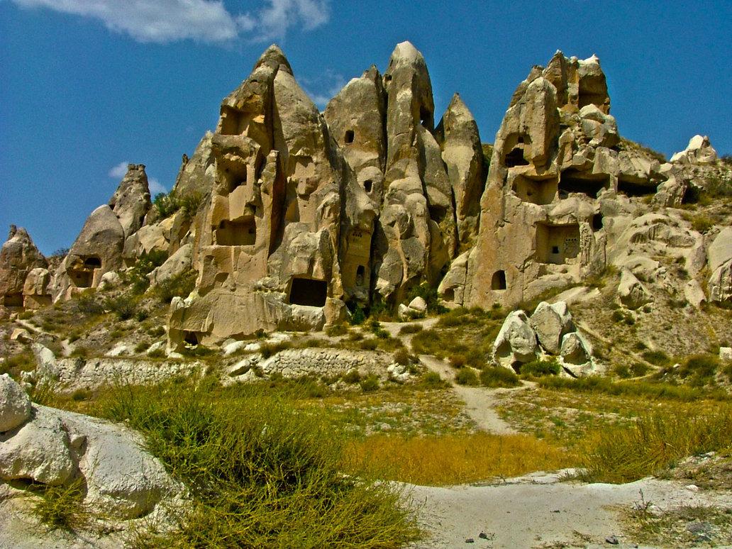 fairy_chimneys_cappadocia