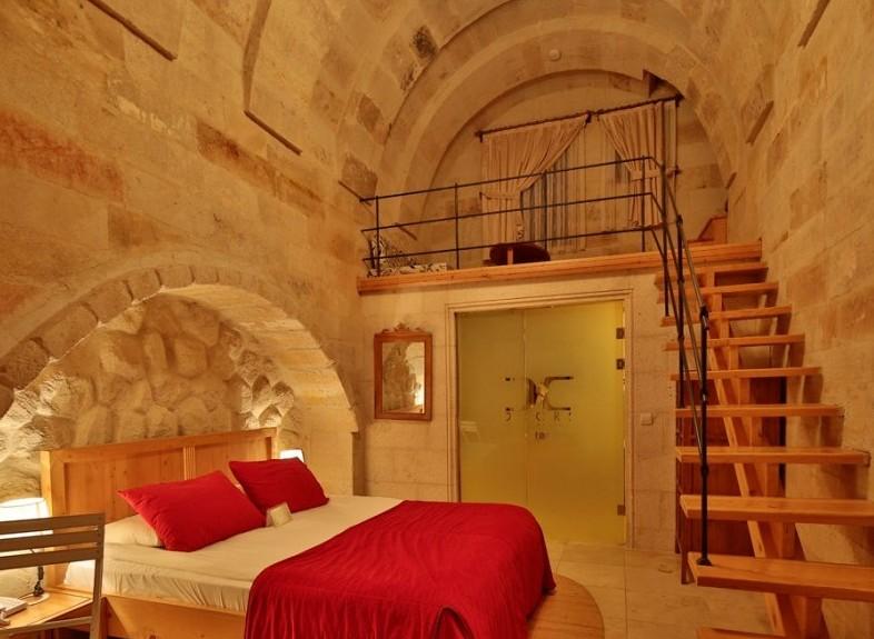 Doors-Of-Cappadocia-Oda-34070