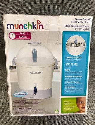 Munchkin Steam Guard* Electric Sterilizer