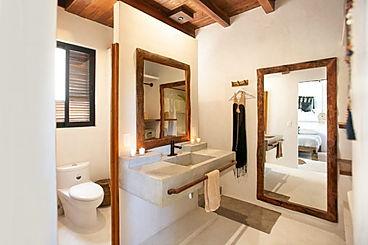 shared-double-bath-768x512.jpg