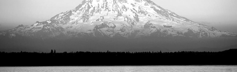 Mount%20Rainier%2C%20Washington_edited.j