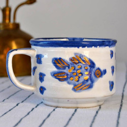 כוס קרמית- עוצב עלידי נועה צרניחובסקי