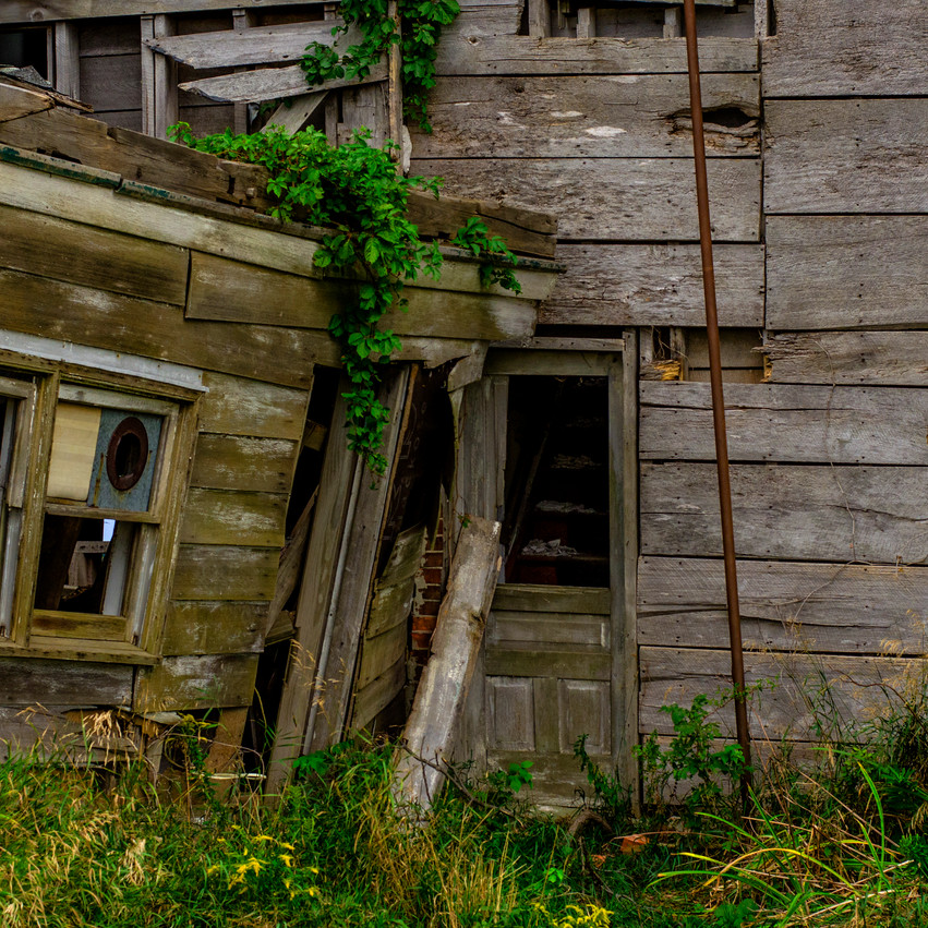 Lauren Hedges Photography #YouDoNew Collingwood Abandoned House