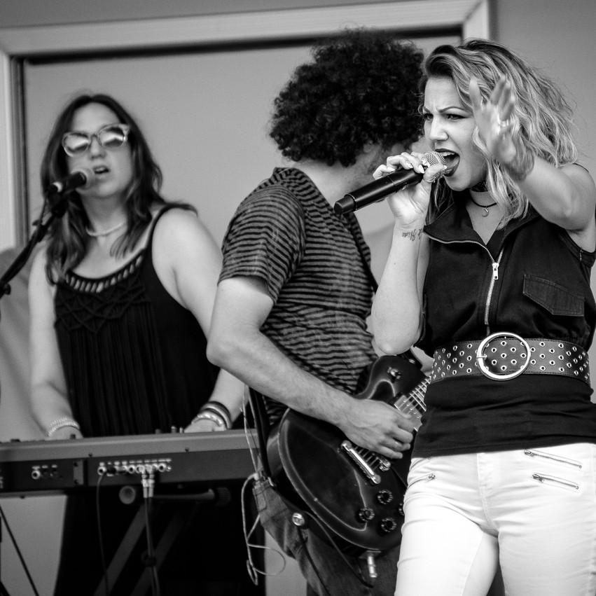 Lauren Hedges Photography Royal Oak Summer Concert Series Elsie Binx EBX