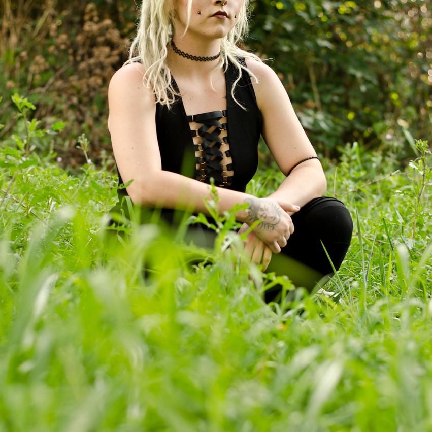 Windsor Photography Portrait Woman Dreads Grass Corsett
