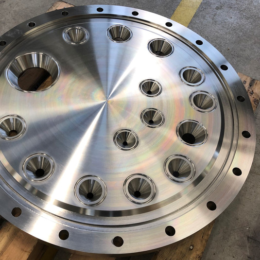 Machined plate in AISI 316