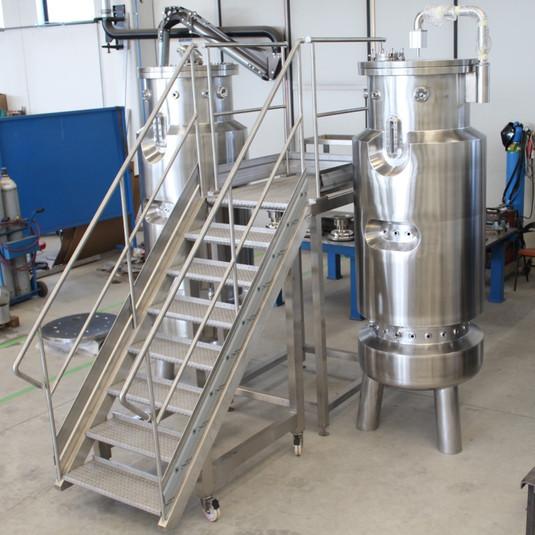 700L fermenters for pharma industry