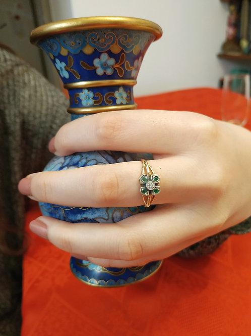 Square Line Emerald Ring