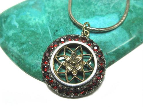 The Flowery Star Pendant