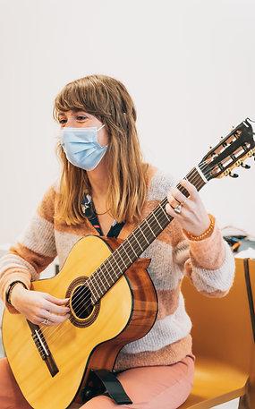 Suzuki gitaarmethode met Eva Dierickx