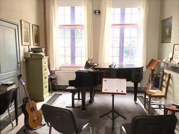 Begijnhof muziekkamer_edited.jpg