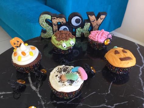 Spooky & Delicious Halloween Chocolate Cupcakes