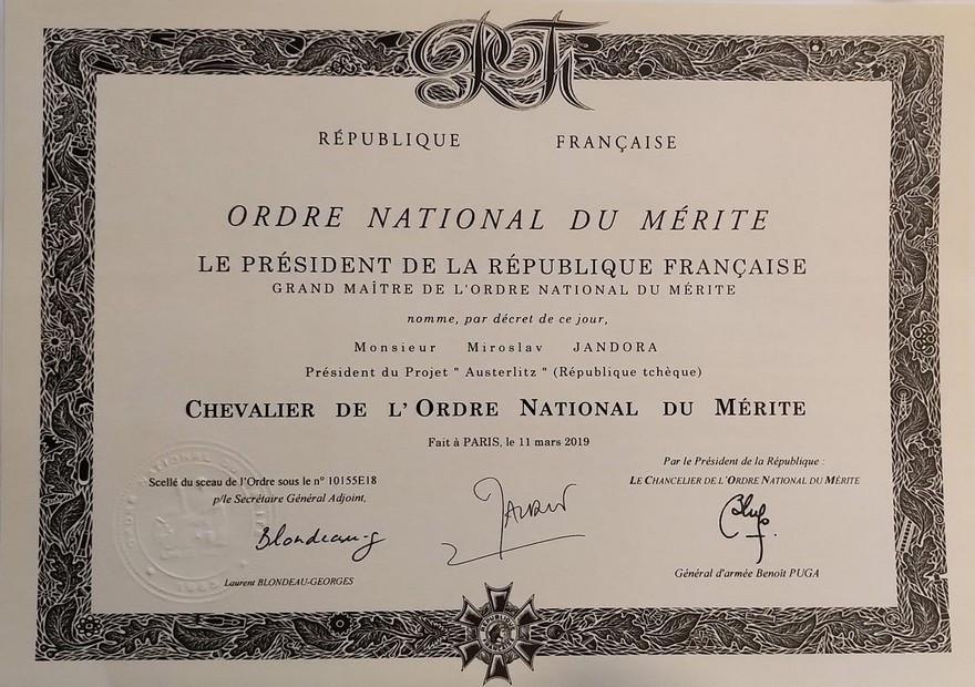 Diplom Ordre National du Mérite M. Jandora.