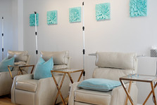 IV vitamin and hydration therapy lounge