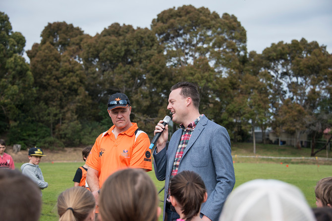 Chris Crewther MP visits Mace Oval