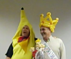 Denver Balloon Artist Delivery Crown King for a Day & Singing Telegram Denver Gi