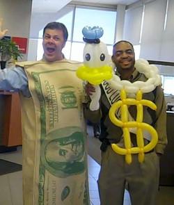 Singing Telegram Denver BIG MONEY & balloon artist balloon delivery Donald Duck