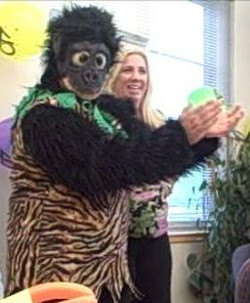 Lakewood balloon Delivery & Lakewood Singing Telegrams gorilla 2.jpg