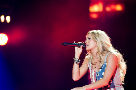 Carrie Underwood ©carole b