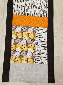 Cat themed table runner