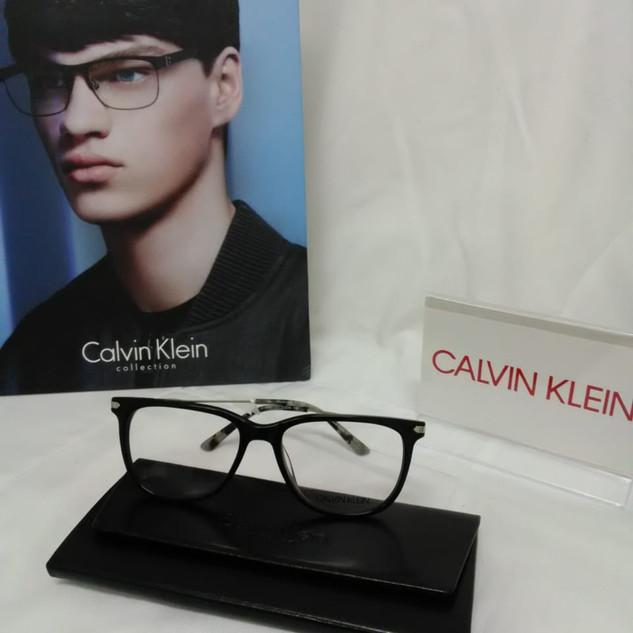 LENTES CALVIN KLEIN (3).jpg