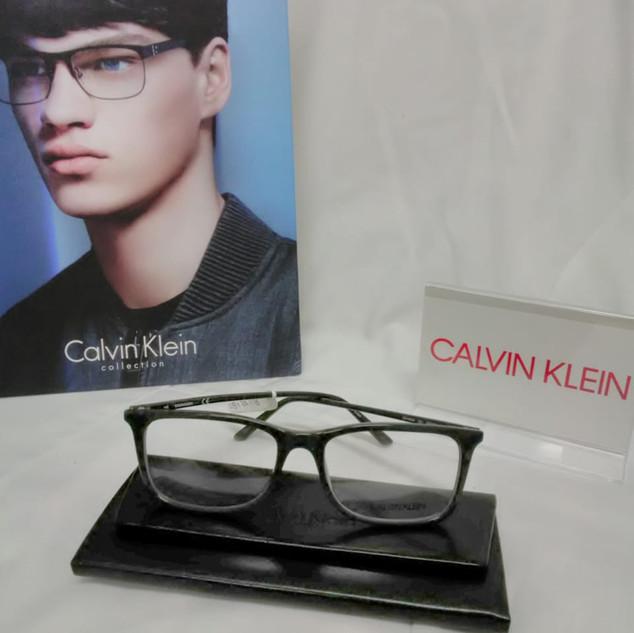 LENTES CALVIN KLEIN (5).jpg
