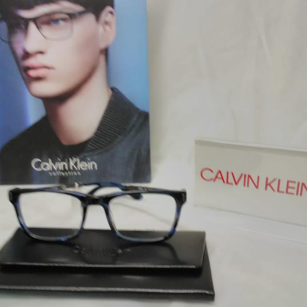 LENTES CALVIN KLEIN (1).jpg