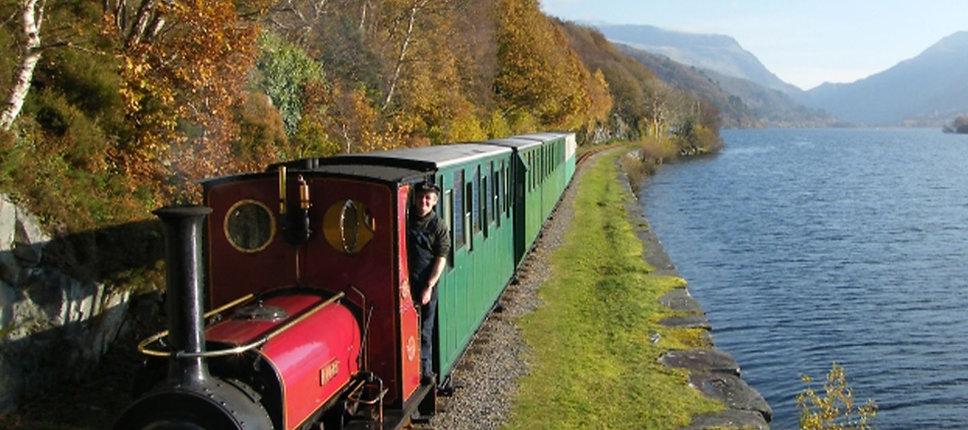 Llanberis-Lake-Railway-lake-view-Snowdon