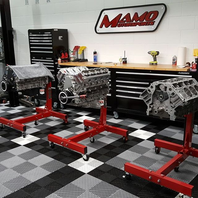 A 660 HP cathedral engine (middle).....a 675 HP LS3 engine...