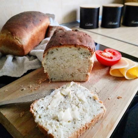 Domowy chrupiący chleb