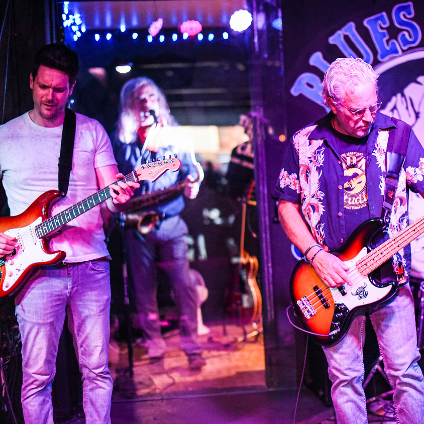 Sunday Night Blues Jammin' at The Can