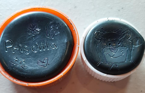 Skelly Caps