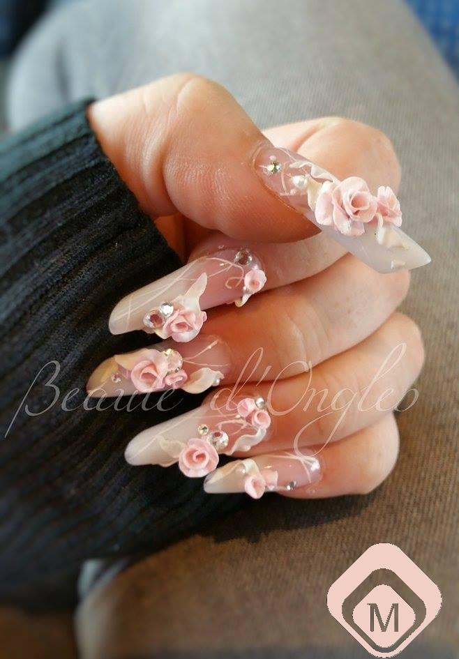 Amandes russe avec Décoration Nail art